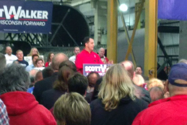 Walker Pledges to Move Wisconsin Forward in Re-Election Announcement