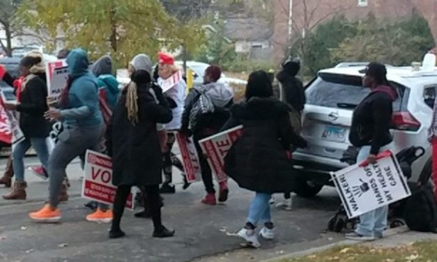 'Fight for $15' Professional Protesters Turn Out For Gubernatorial Debate